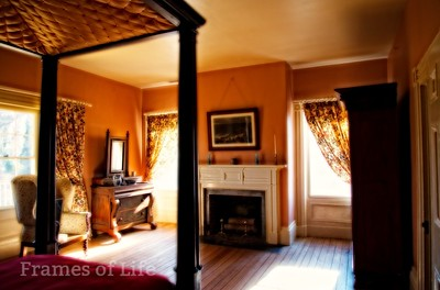 Sommer Set Plantation Bedroom