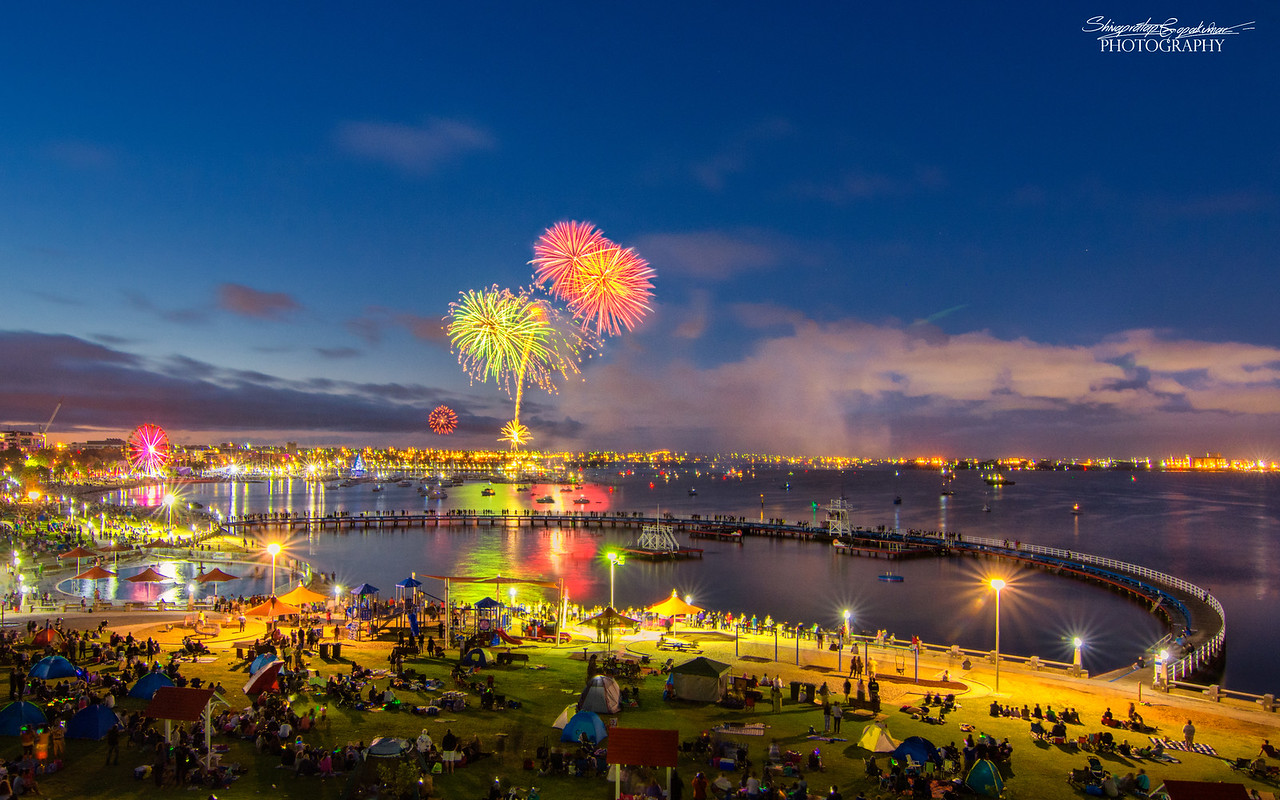 New year fireworks, Geelong waterfront 2017