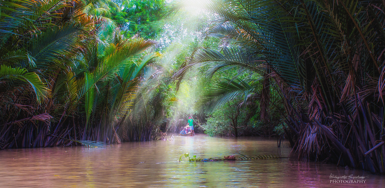 Boating along Mekong river