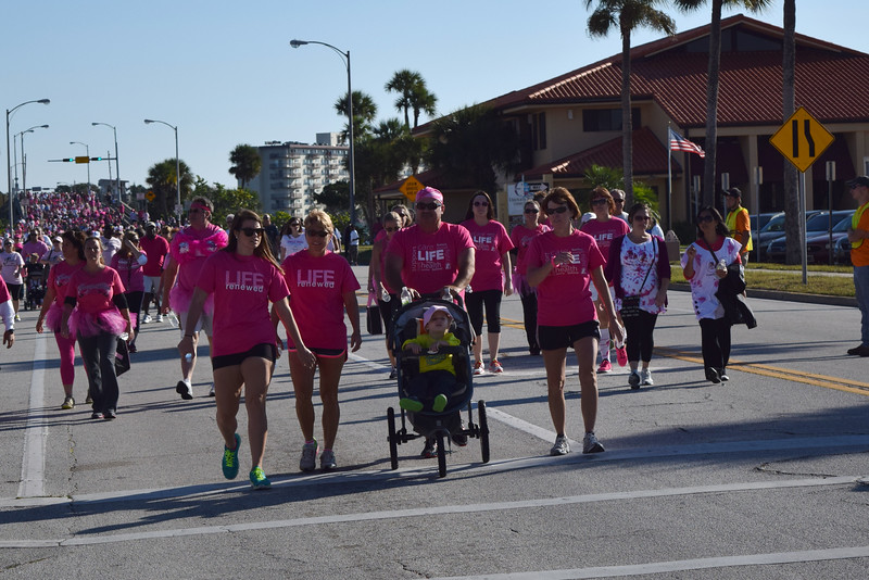 2014 Making Strides Against Breast Cancer in Daytona Beach (240)