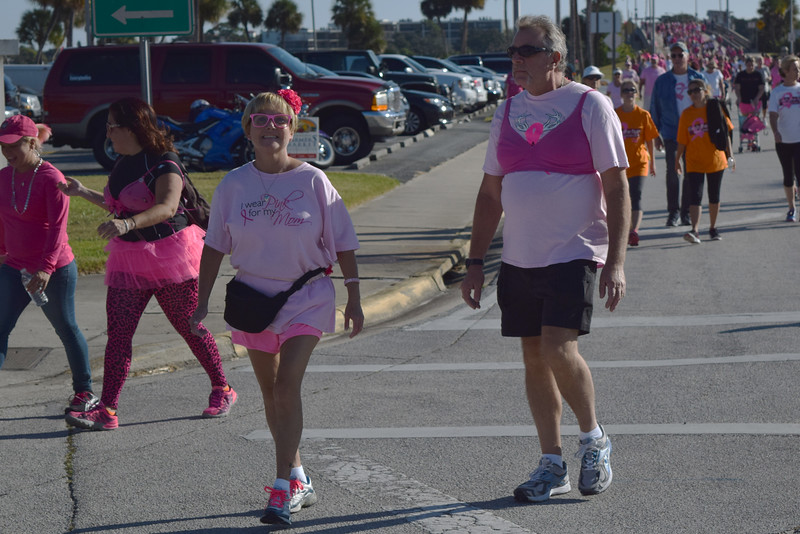 2014 Making Strides Against Breast Cancer in Daytona Beach (225)