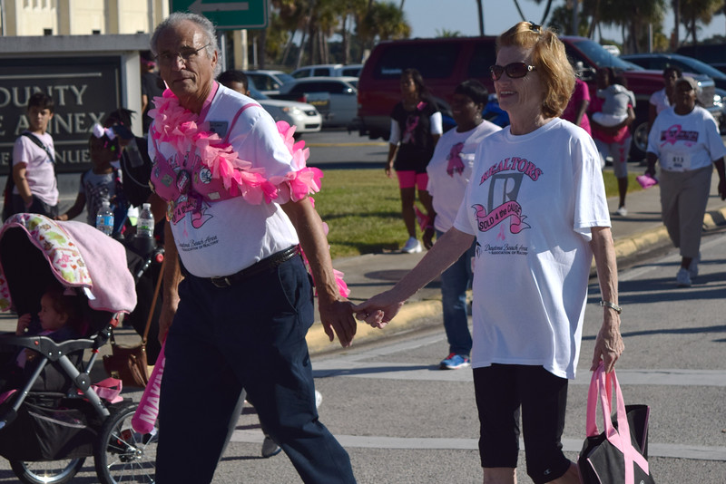 2014 Making Strides Against Breast Cancer in Daytona Beach (253)