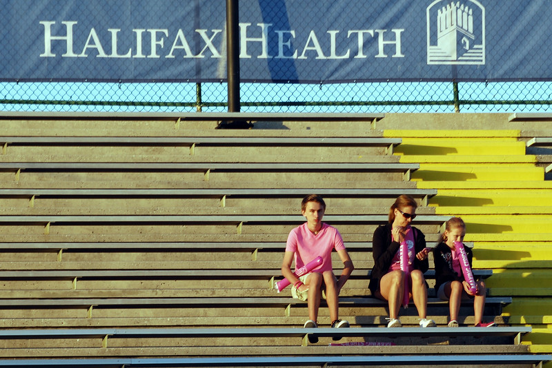 2014 Making Strides Against Breast Cancer in Daytona Beach (290)