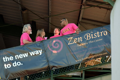 2014 Making Strides Against Breast Cancer in Daytona Beach (9)