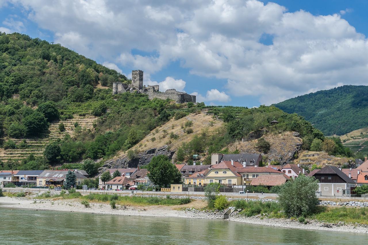 Ruins of Hinterhaus Castle, Spitz, Wachau Valley, Austria