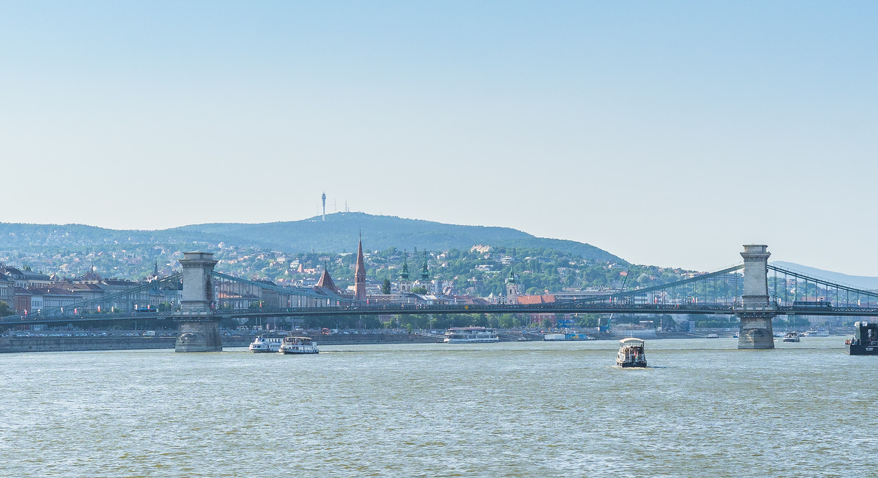 Chain Bridge over Danue, Budapest