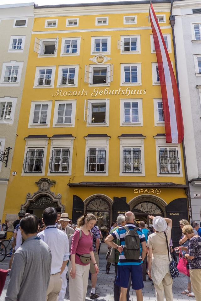 Motzart's Geburtshaus (birthplace) Salzburg, Austria