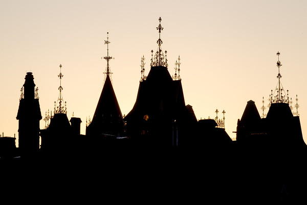 Ottawa-Silhouetted Parliament Buildings-6921-2