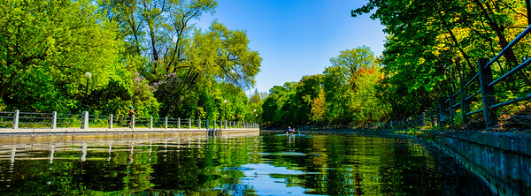 Rideau Canal-Shadow and Light-9108