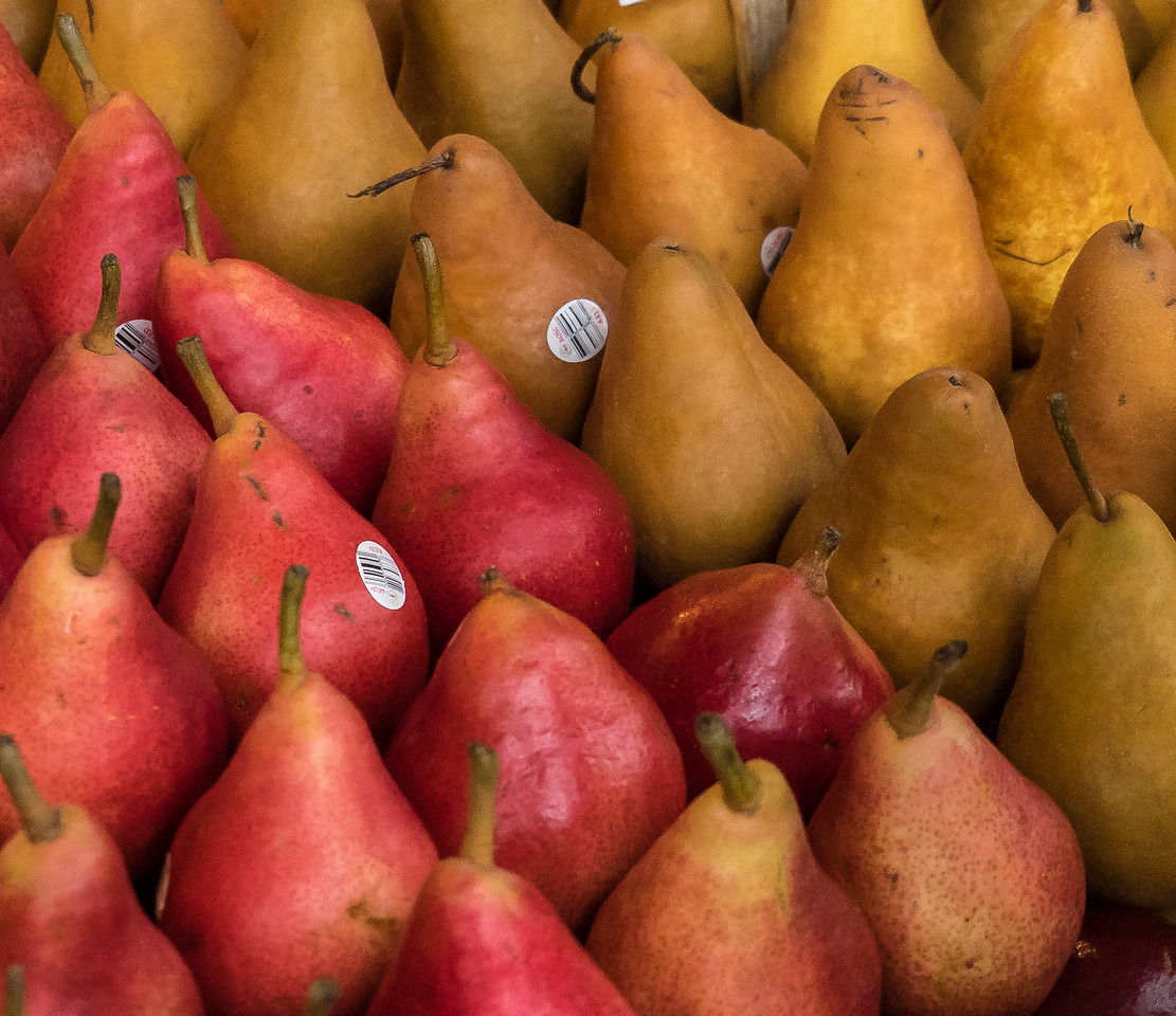 Pears in formation