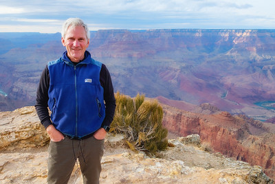 Posing in front of the spectacular Grand Canyon at Navajo Point lookout