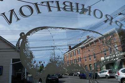 Looking through the Prohibition Pig  Pub window, Waterbury Vermont