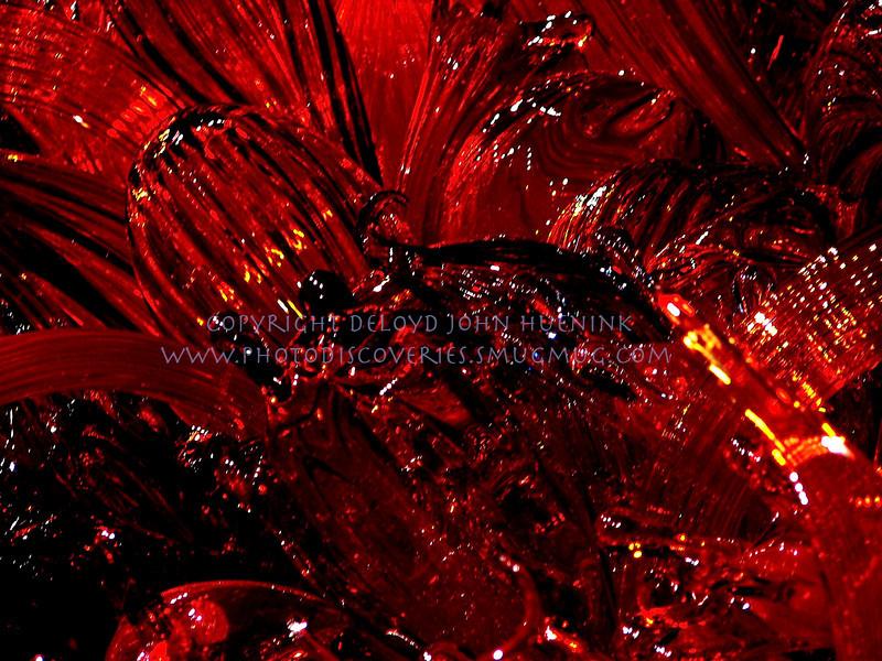 glass11November 10, 2005DeLoyd J Huenink2048 x 1536