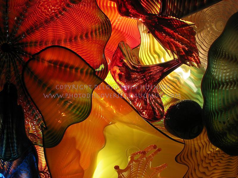 glass7November 10, 2005DeLoyd J Huenink2048 x 1536