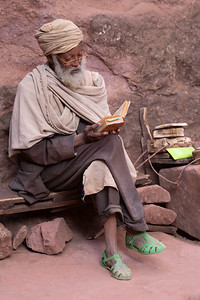 People were found commonly reading or contemplating in better lit areas