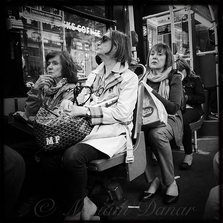 Oh Oh - She Saw Me - On The Bus
