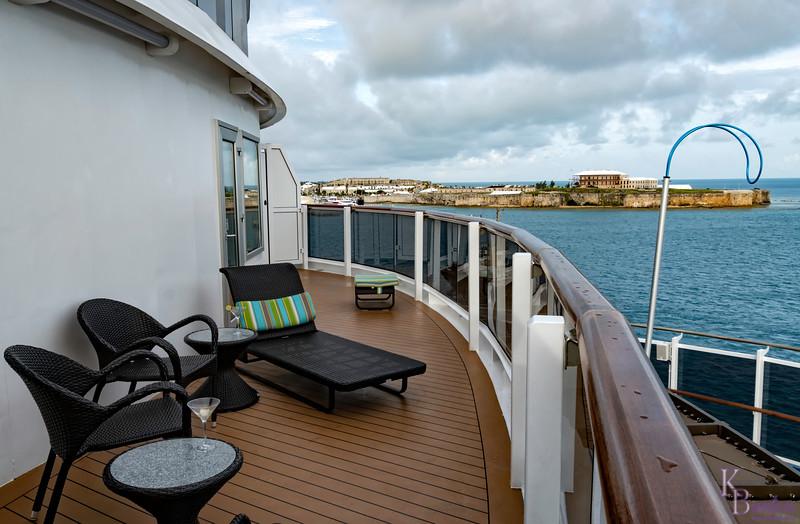 DSC_4935 cruising into the Bay in Bermuda