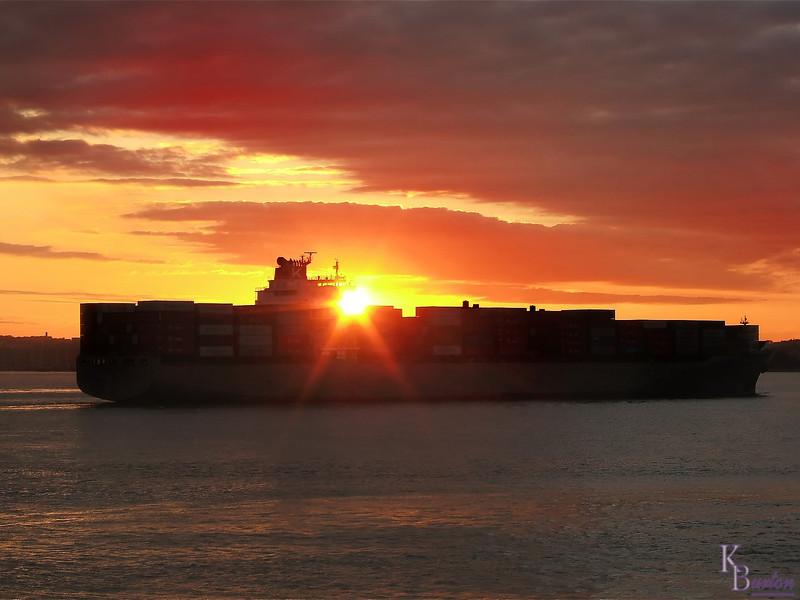DSCF_1249 sunrise on NY Bay