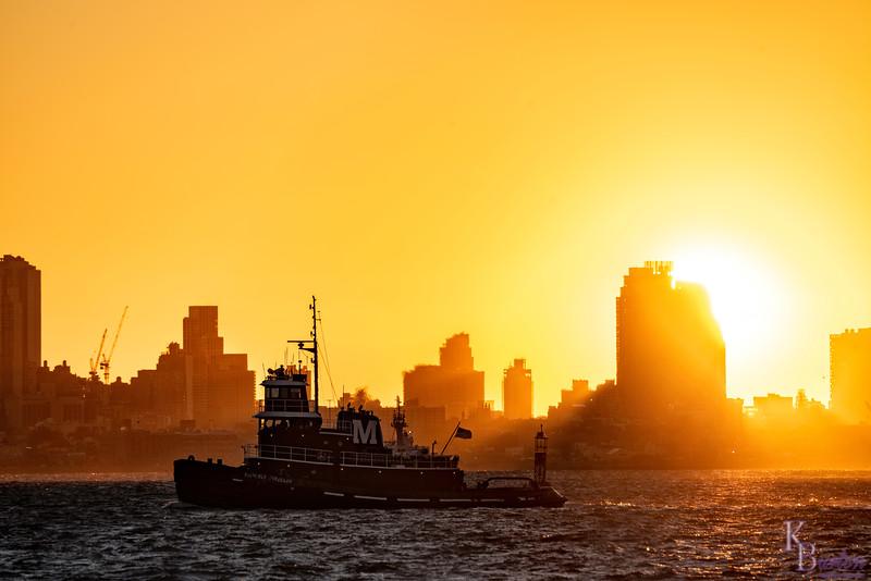 DSC_6326 sunrise on NY Bay