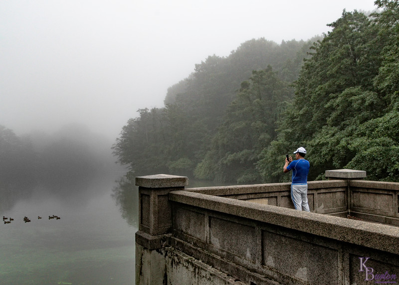 DSC_1103 foggy morning at Clove Lake