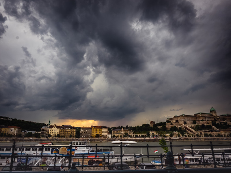 Moody Budapest