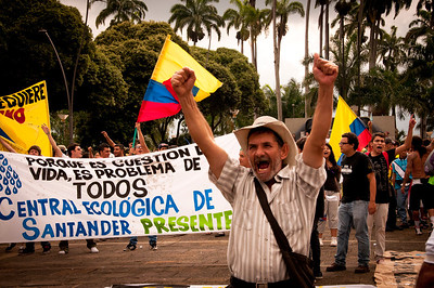 On March 15, thousands of people marched in protest in Bucaramanga, Santander for water and against the large mining industry in the Santurban Paramo. Photographs: Leonardo Villmizar