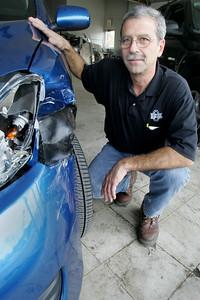 22OCT09   15 Minutes Joe Tony LaGrotteria of Murphy Bros Auto Body.  photo by Chuck Humel