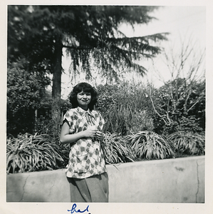 1951-03_josie-pregnant04