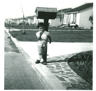 1953-kathie-waiting-for-the-mail