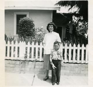 1951-josie-pregnant02