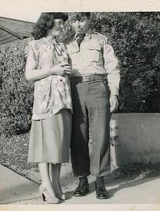 1951-04-ben-n-josie03