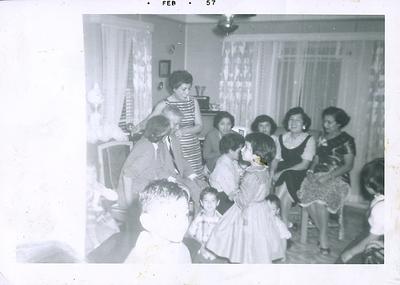 1957-02-grandma-n-grandpa-reyes-n-family2
