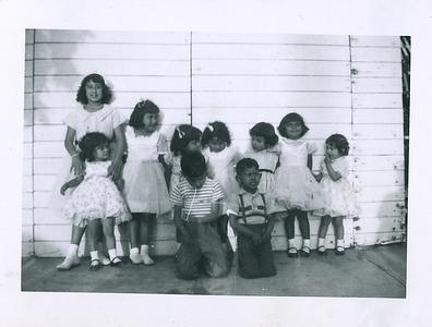 1950s-reyes-grandkids