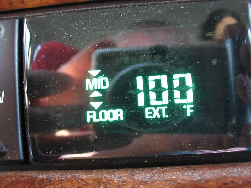 Car thermometer - Abilene, KS