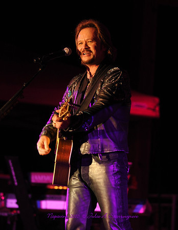 2010-07-31 Travis Tritt at Napavine