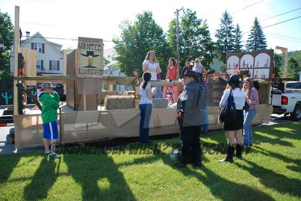 2012 Alumni Parade