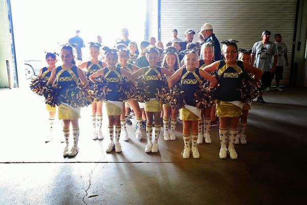 2014 4th grade PBYFL Cheerleaders