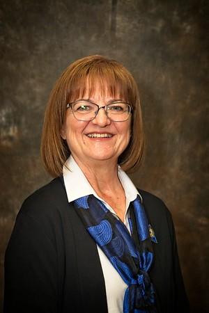2019-06-10 DG Sarah Cabinet-KK-2
