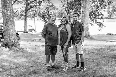 EDIT CHARFAM BW Family-