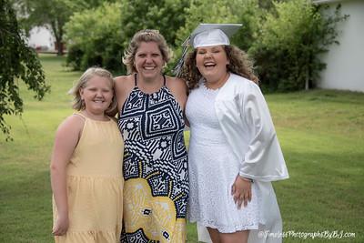 2020_Morgan_8th_Grade_Graduation021