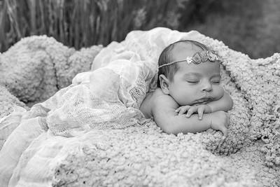 2021 6 10 EDIT BW Baby Livia -4664