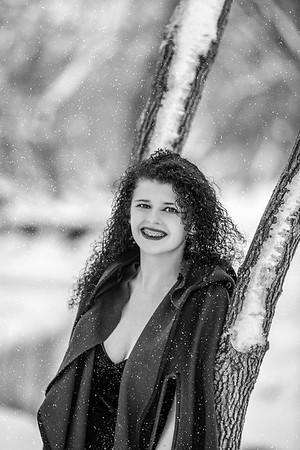 2021 SENIOR BW Senior Abby--15