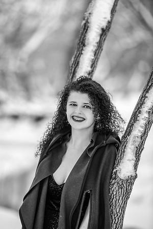 2021 SENIOR BW Senior Abby--16