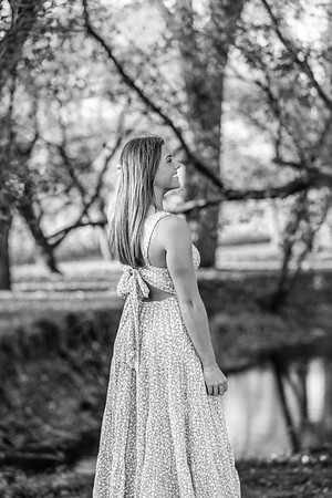 2021 EDIT Senior RoseBW-6996