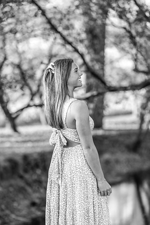 2021 EDIT Senior RoseBW-6993