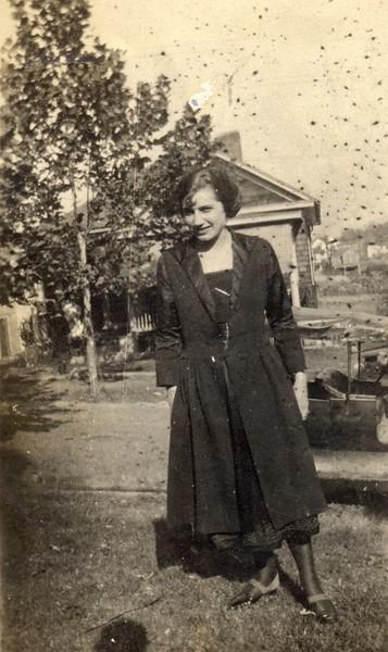 Bernice Akers on Florida Avenue  (06715)