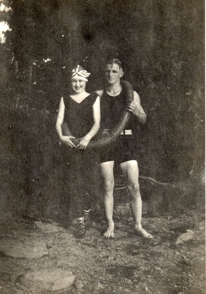 L. Conley and Friend  (06714)