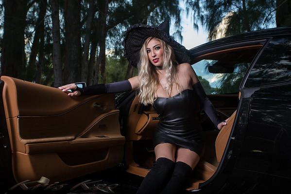 Alana - Halloween 17