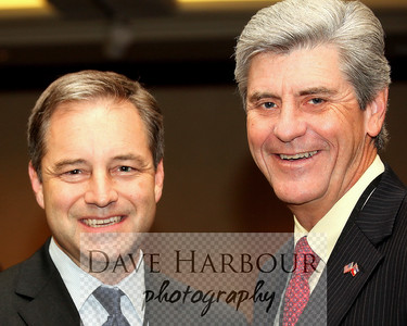 Alaska Governor Sean Parnell with Mississippi Lieutenant Governor Phil Bryant, 2009, IOGCC Meeting