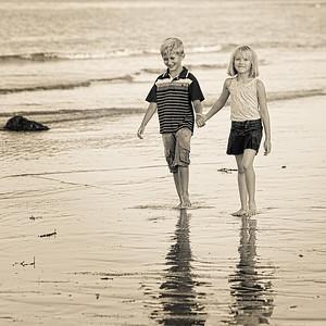 Amelia & Andrew